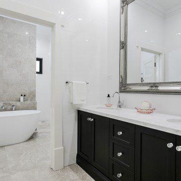 Gentleman's Bungalow Prospect bathroom details