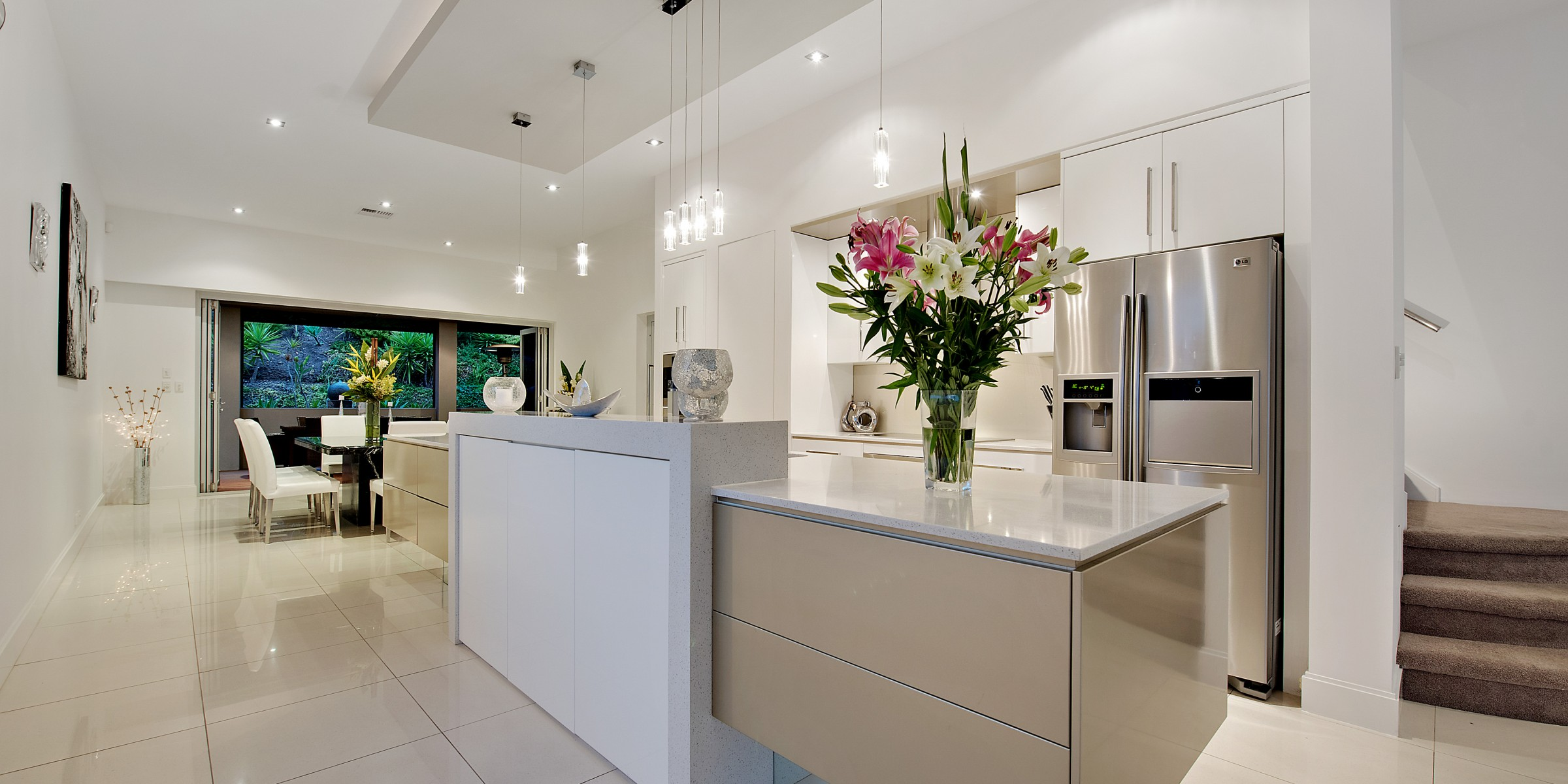 Esplanade Residences Seacliff kitchen and dining