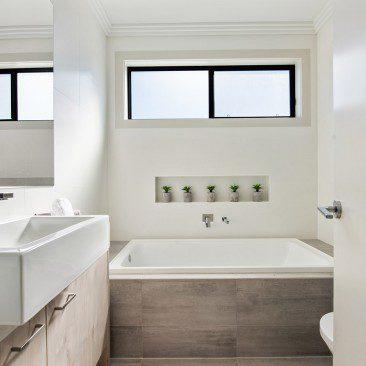 Row Dwellings Playford Road Newton bathroom